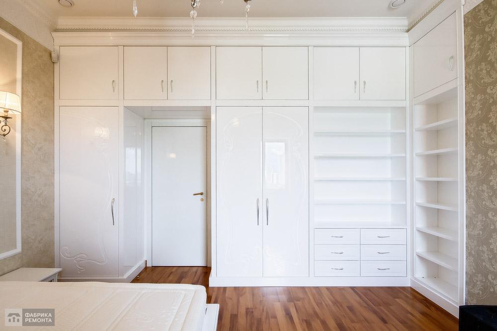 Гостевая спальня. Встроенная мебель по индивидульному заказу.